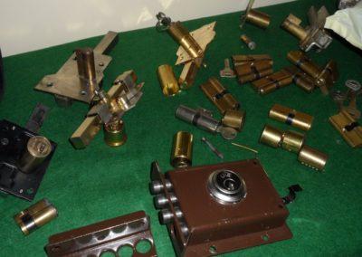 taller cerrajería caja fuerte manipulación dial